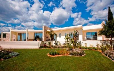 sold!!! 1518 - Luxury villa overlooking the Pestana Golf Course / Carvoeiro