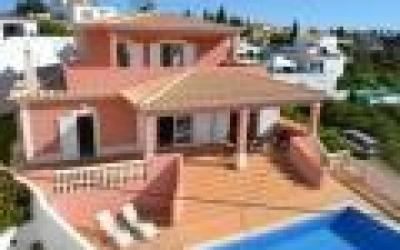 1521 - Modern villa in a quiet residential area with beautiful sea views - Sesmarias / Carvoeiro